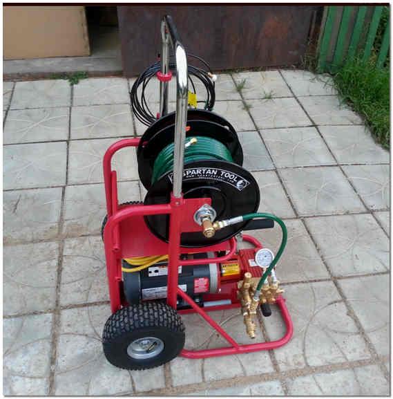 Оборудование для очистки канализационных труб