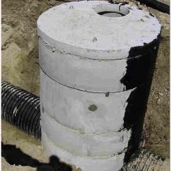 Колодец канализационный из бетонных колец