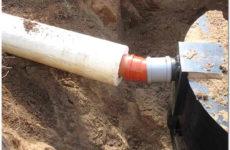 Как и каким теплоизолятором лучше утеплить канализационные трубы самостоятельно