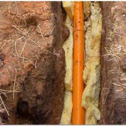 Утепление канализационной трубы в земле стекловатой