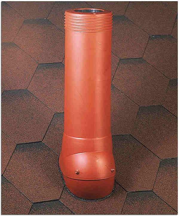Утеплённая наружная часть вентиляционного стояка канализации