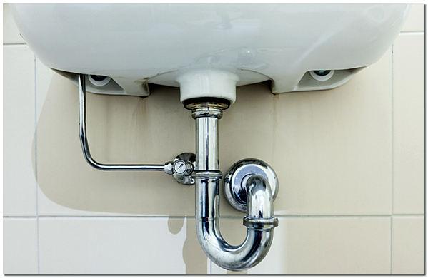 Подключение сифона к канализации