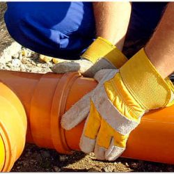 Оранжевая канализационная труба фото