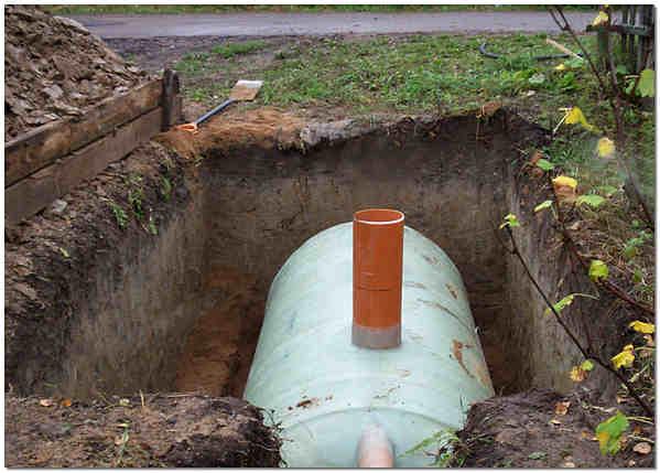 Накопительная канализационная емкость фото