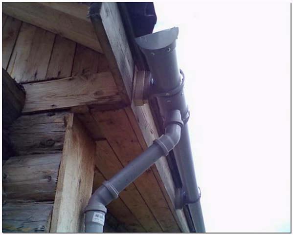 Стоки для воды с крыши своими руками из трубы