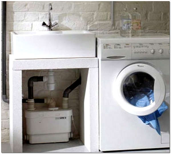 Grundfos Sololift2 C-3 подключен к стиральной машине и раковине